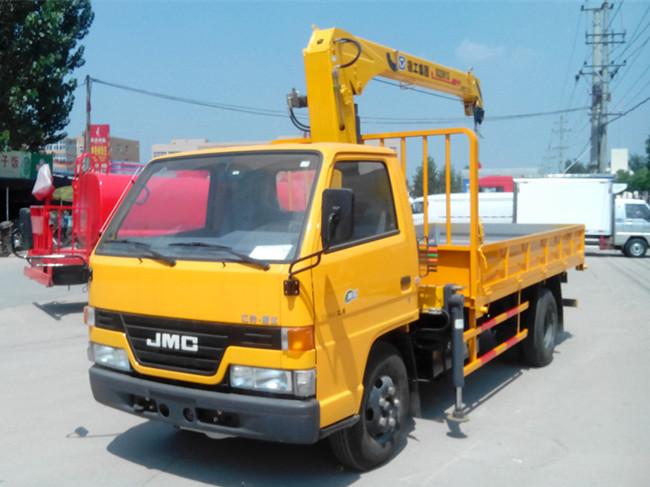 江铃单排(可装2~3.2吨吊机)随车起重运输车