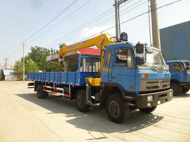 153前四后四(可装6.3~12吨吊机)随车起重运输车